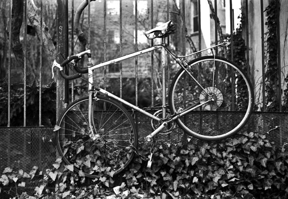 bikeblkwht